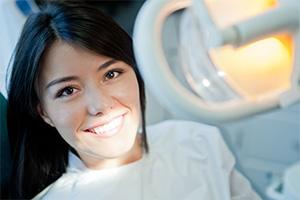 Burbank dentist | veneers | Dr Ananian